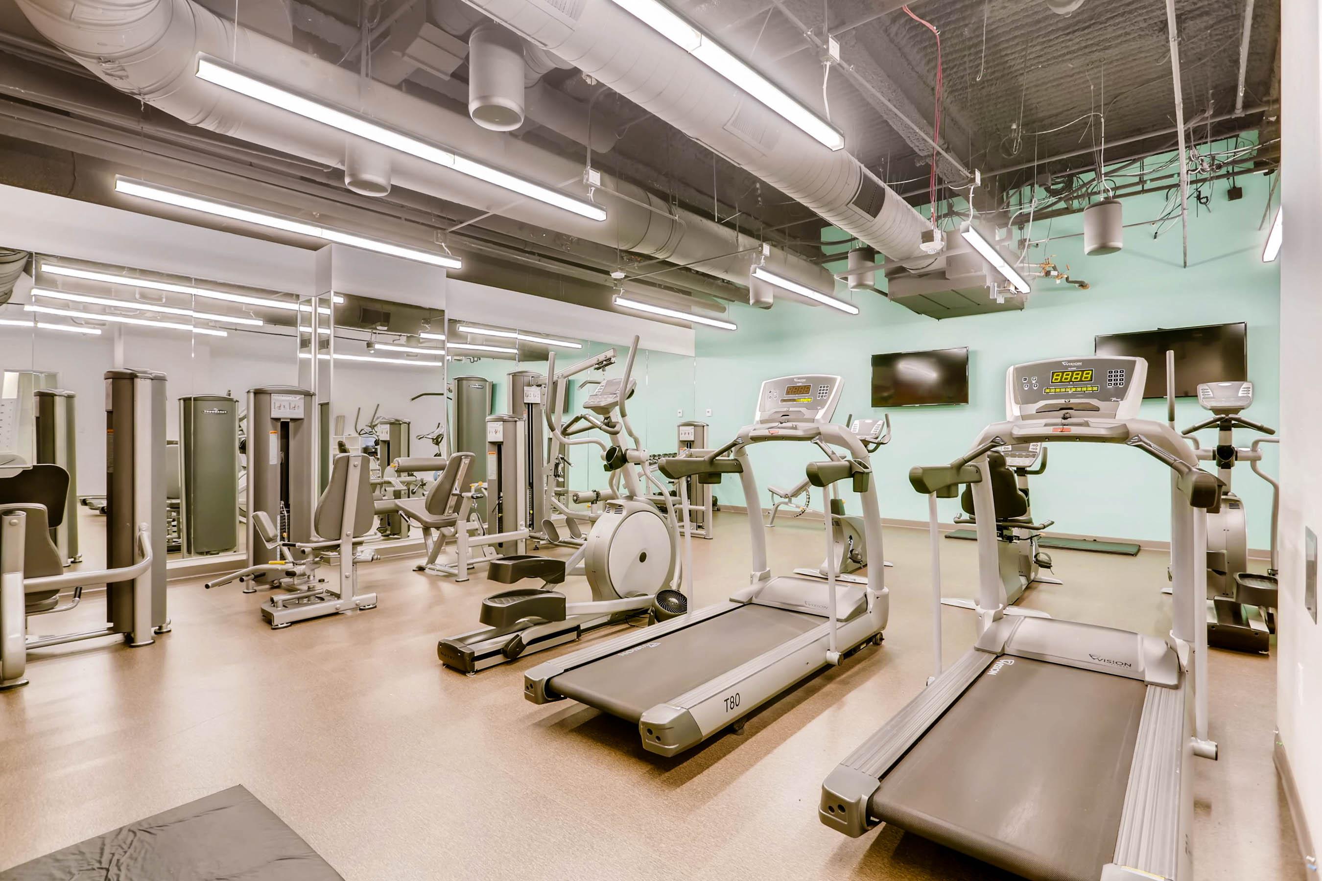 518 17th St Denver CO 80202-print-026-29-Exercise Room-2700x1800-300dpi
